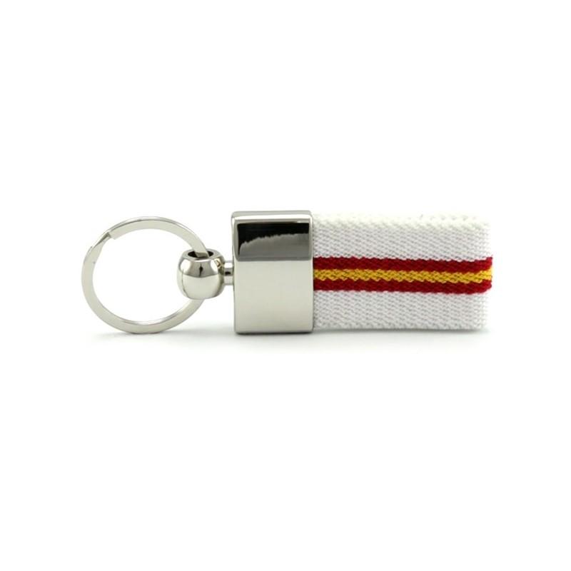 llavero metálico con cinta blanca y bandera de españa